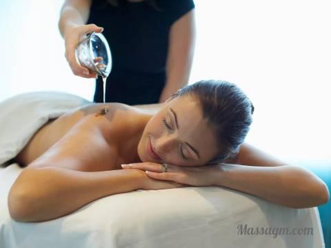 Эротический массаж молодой девушки